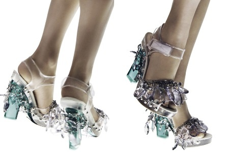 مدل های کیف و کفش پرادا