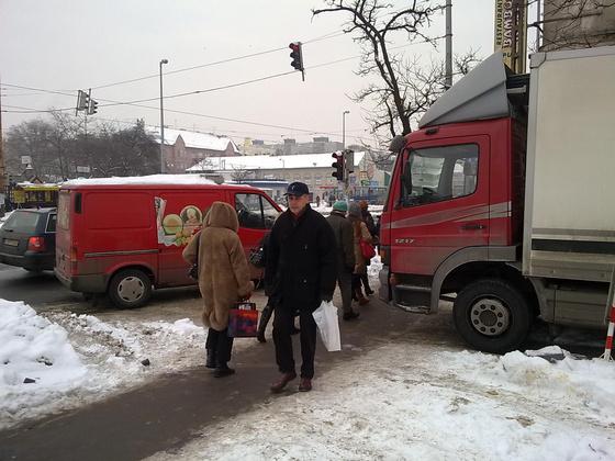 ujpest.blog.hu: A szállítás fontosabb a gyalogosoknál?