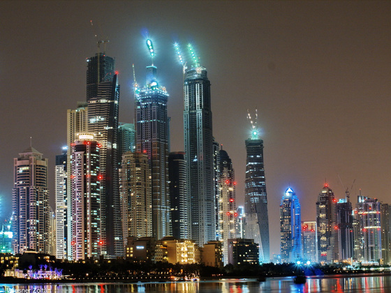 Wiesner: Dubai by night