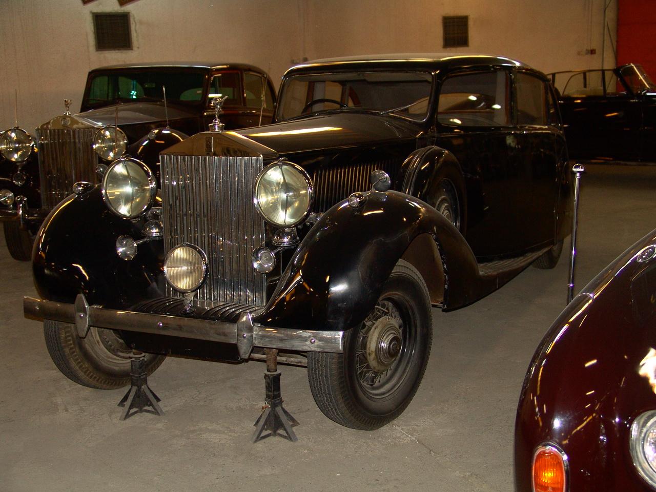 Iranian car museum, Karaj,July13,2010 032