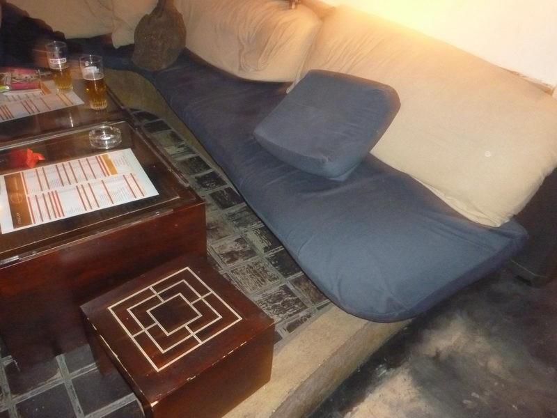 Ülőke és játéktér