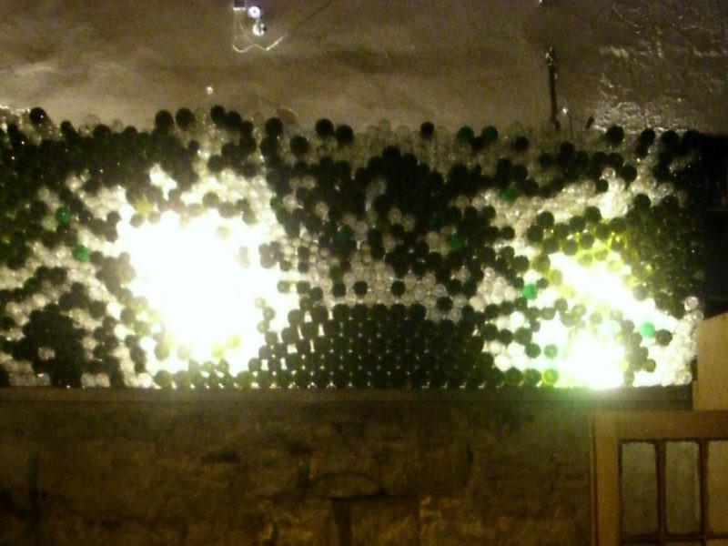 Palackozott bor kapható
