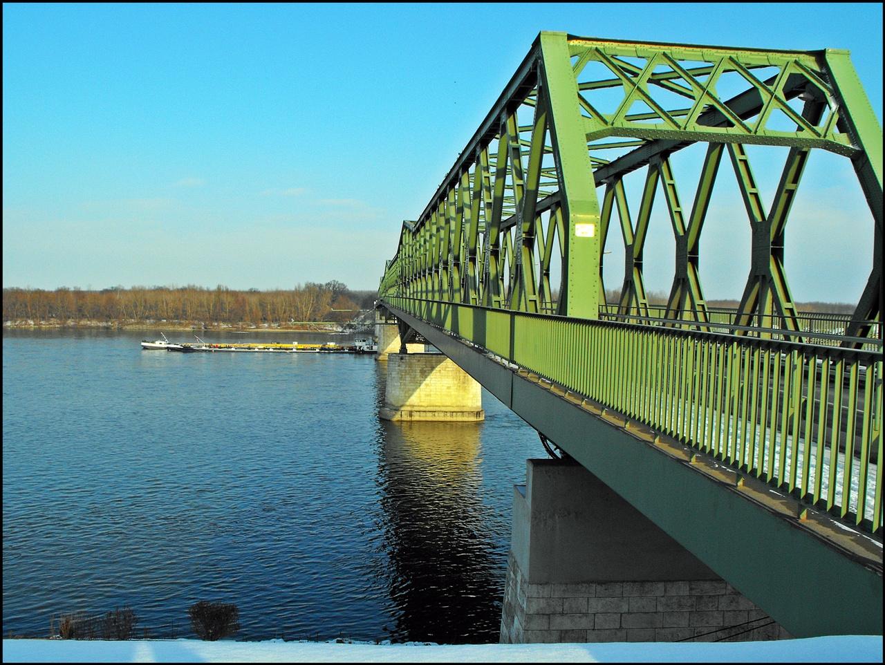 Beszédes József híd