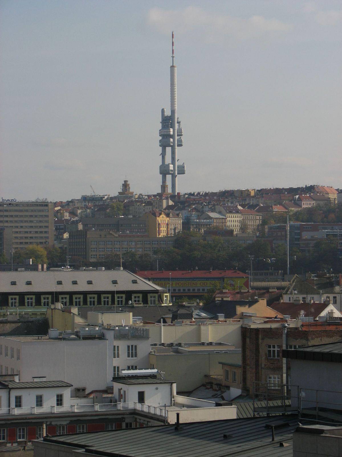 Ufók szálltak le Pomázon is