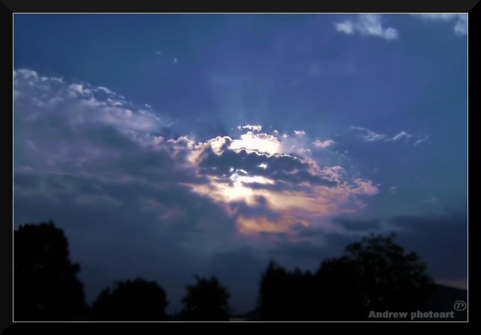 Felhők mögül a nap...